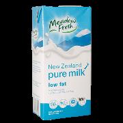 Sữa tươi MEADOW FRESH ít béo hộp giấy 1 lít